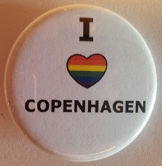 Button 32mm: I Rainbow Heart Copenhagen